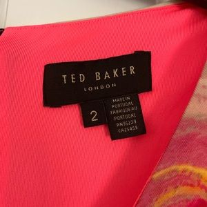 Ted Baker Dresses - Ted Baler Floral dress 👗 (size 6)